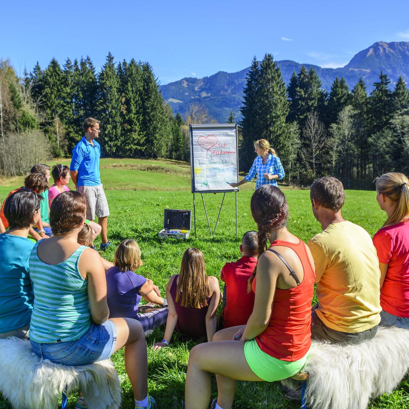 Doprajte svojmu tímu zážitkové vzdelávanie v prepojení s čarovnou liptovskou prírodou.